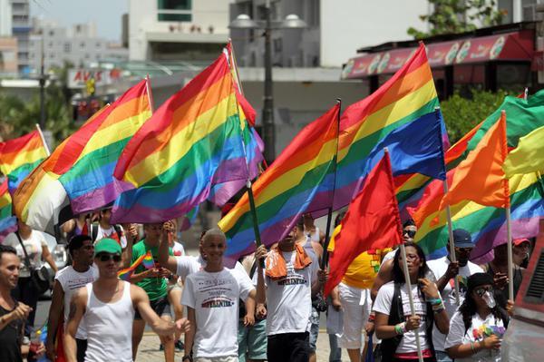 Perzekuce LGBT vůči křesťanům